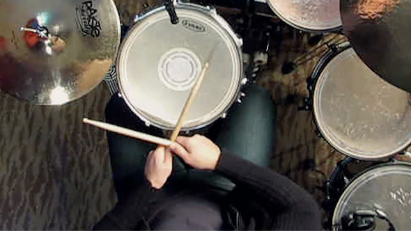 Cross-hand drumming technique